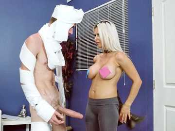 Busty boss Rachel RoXXX spares her loser employee and fucks him in the end